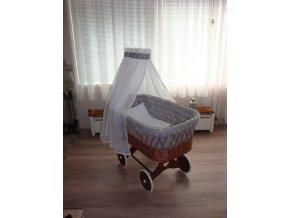 Proutěný košík na miminko s nebesy hvězdička na šedé