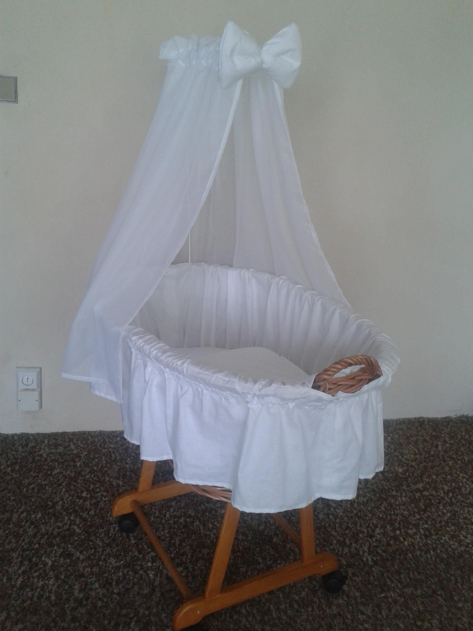 Košík pro miminko II -bílý šifon