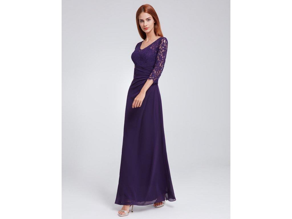 Fialové dlouhé společenské šaty s krajkovým topem a polodlouhým ... 058307cbe1
