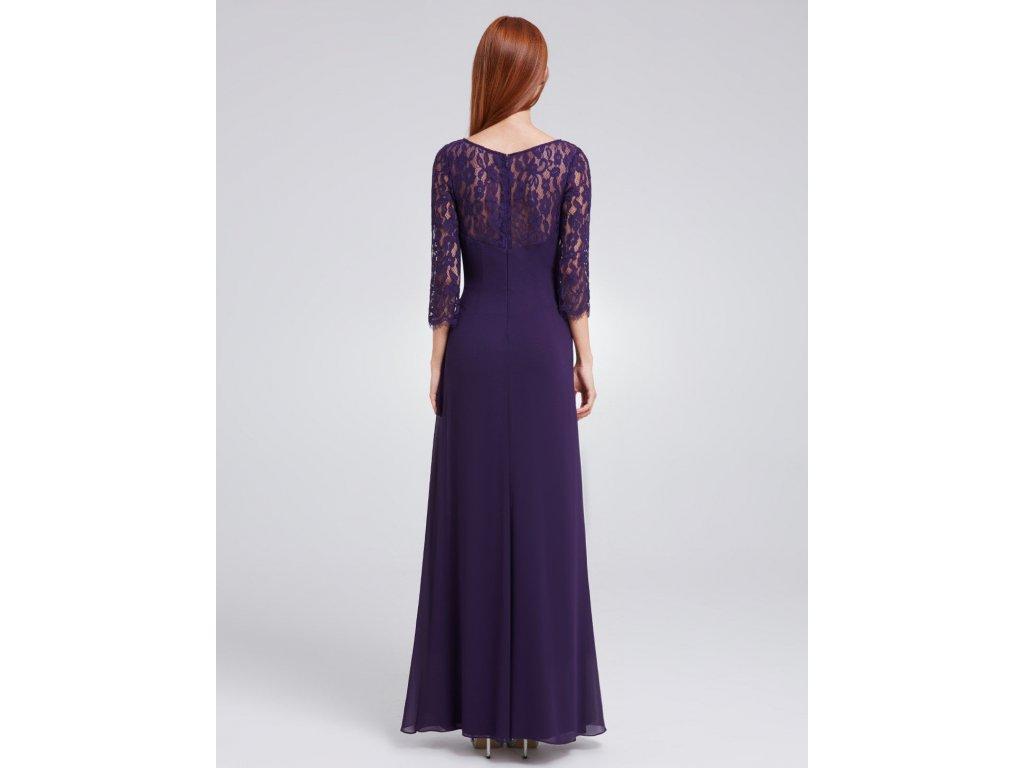 6bc0ff360aa Fialové dlouhé společenské šaty s krajkovým topem a polodlouhým ...