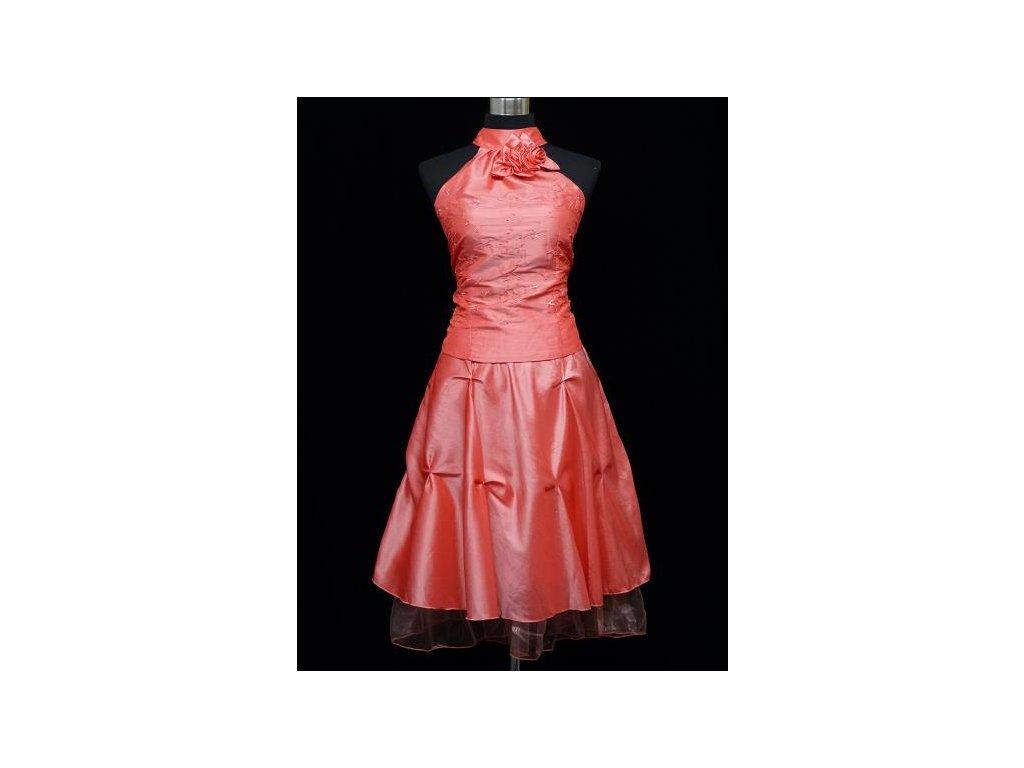Lososové korálové krátké společenské šaty do tanečních za krk 48-52 ... 24f36c62044