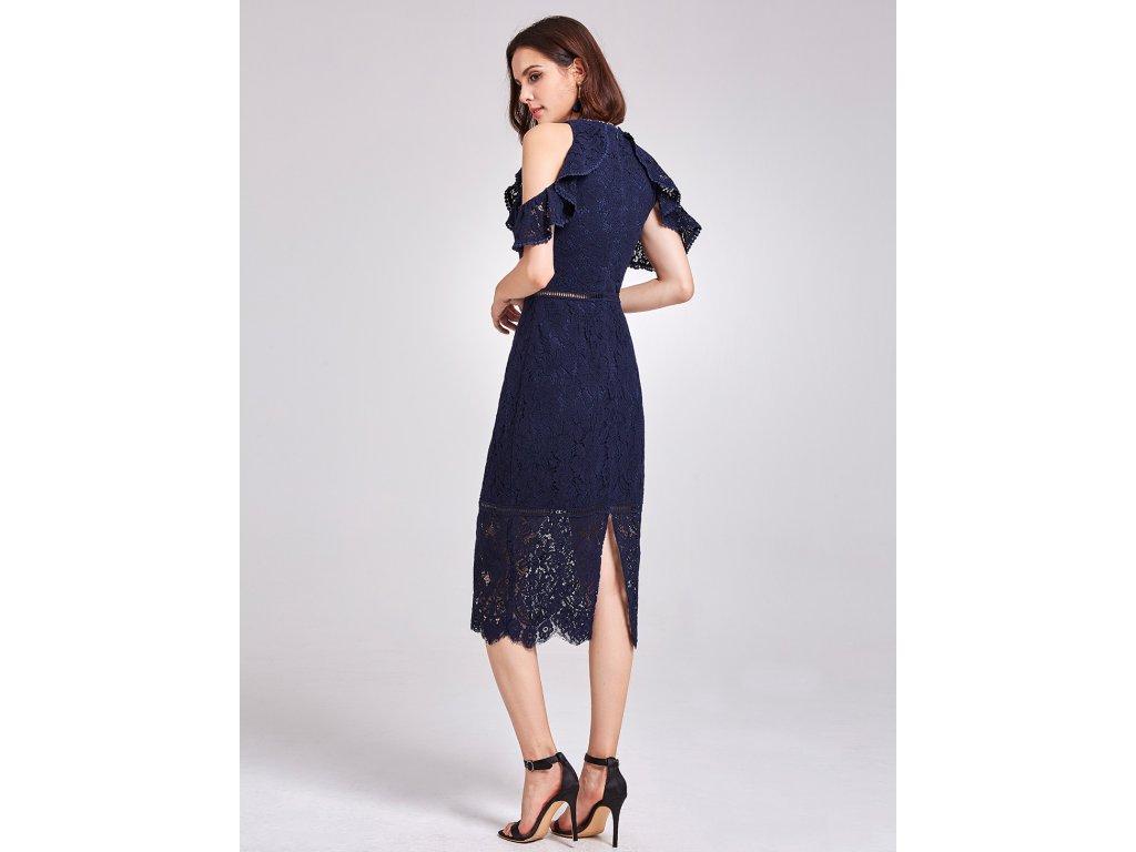 3907d2d08ad8 ... Tmavě modré krátké krajkové společenské šaty koktejlky na ples 3 ...