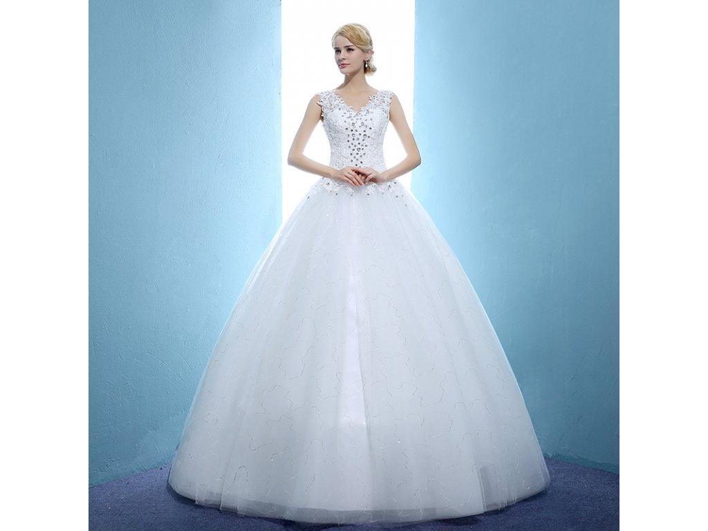 b16ef086714 Bílé dlouhé luxusní nadýchané svatební šaty s krajkou a štrasem pro ...