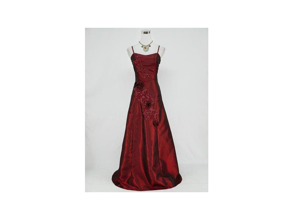 Vínové červené dlouhé společenské šaty s krajkovou aplikací a gumičkami na  boku 8423d4ef26
