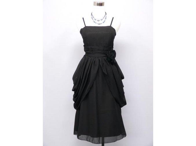 Černé koktejlky s balónovou sukní