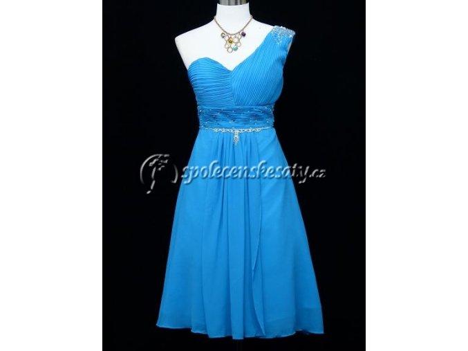 Světle modré koktejlky společenské šaty na jedno rameno