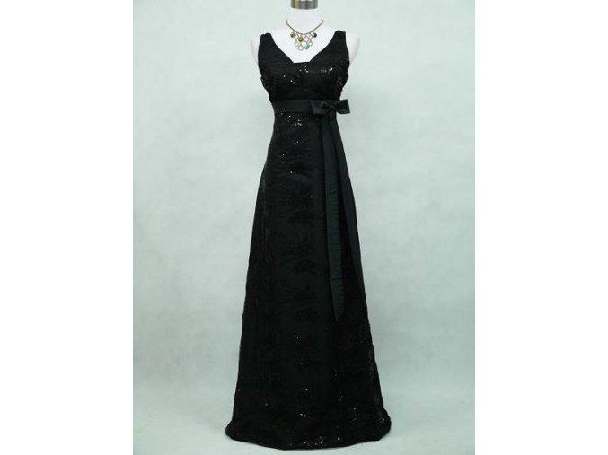 Černé dlouhé společenské šaty pošité krajkou širokými ramínky na ples