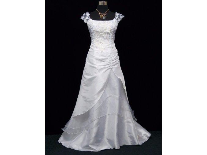 Bílé dlouhé svatební šaty na hrubší ramínka a vyšívaným topem