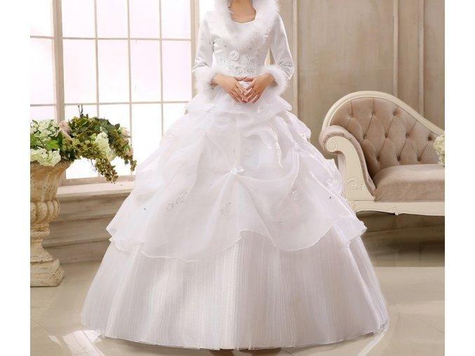 Bílé dlouhé zimní svatební šaty s rukávem a kožíškem