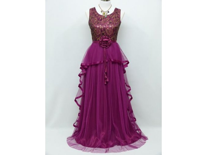 Fialové společenské šaty s kytkou a volánem C3991a