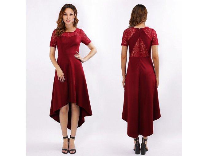 Červené koktejlky s asymetrickou sukní krajkou 1