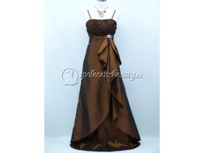 Hnědé dlouhé společenské šaty s broží