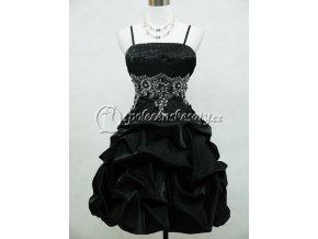 Černé koktejlky s balónkovou sukní a stříbrnou výšivkou 1