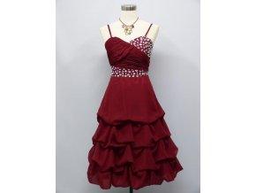 Červené koktejlky balónová sukně a štras kamínky na ples do tanečních