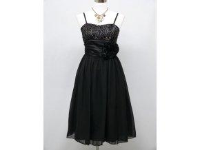 Černé koktejlky společenské šaty po kolena s plisé stuhou kolem pasu 1
