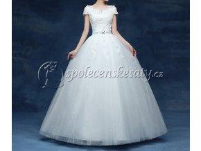 Bílé luxusní svatební šaty s krajkou a štrasovou ozdobou