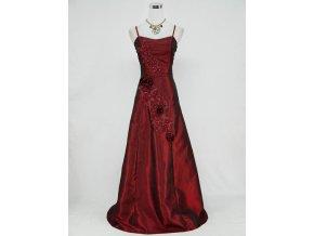 Vínové červené dlouhé společenské šaty s krajkovou aplikací a gumičkami na boku