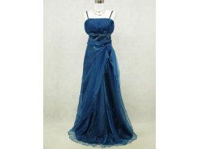 Modré dlouhé společenské šaty z organzy a krajky pro plnoštíhlé dámy