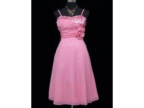 Růžové krátké společenské šaty koktejlky a asymetrickým topem a růží C3326