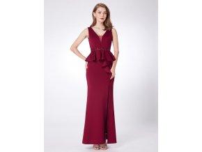 Červené vínové úplé společenské šaty s volány a rozparkem 1