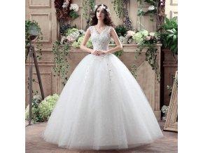 Bílé luxusní svatební šaty s kopretinami na velkou svatbu