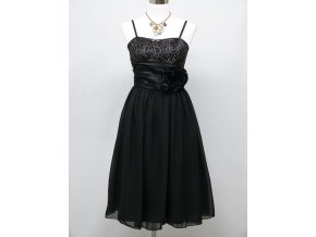 Černé krátké společenské šaty s kytkou do tanečních C3414a