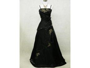 Černé dlouhé společenské šaty se zlatou výšivkou v nadměrné velikosti