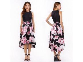 černé polodlouhé společenské šaty s květovanou sukní na letní svatbu