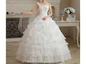 Bílé svatební nadýchané luxusní šaty s volány, závojem na jedno rameno