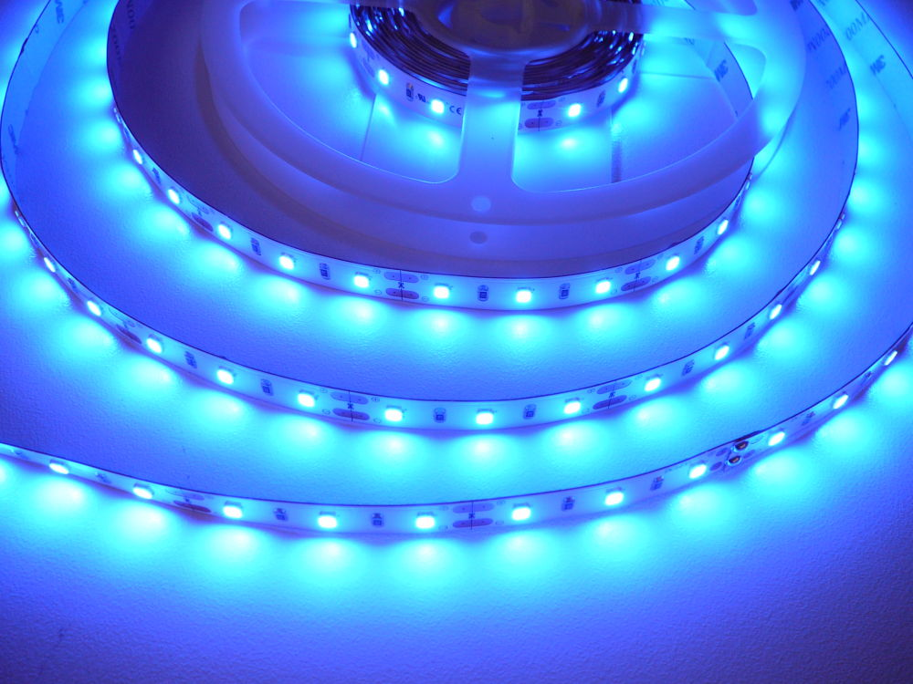 LED pásek SMD 2835 - 12W, BLUE, 470nm, 12V, IP20, 60xLED - Modrá - T-LED (07710)