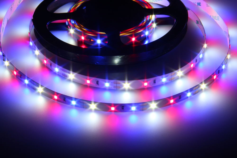 LED pásek AKVA WBR pro akvária - 12W, RGB, 12V, IP20, 60xLED - T-LED (078080)