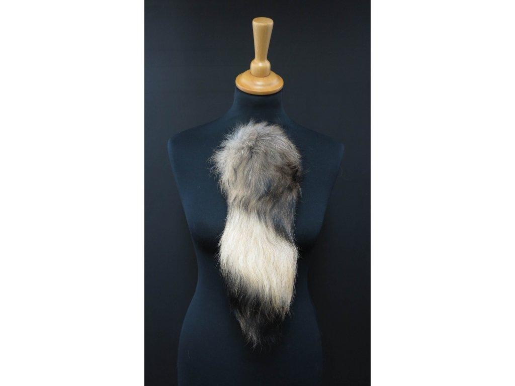 Kožešinový ocas (ohon) z mývalovce přírodní č. 155 délka 38 cm