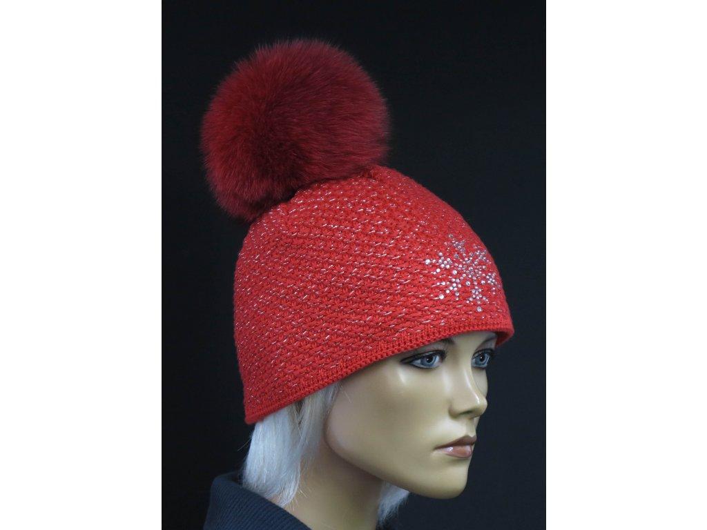 Zimní pletená čepice s kožešinovou bambulí R-Jet 648 červená + motiv čtyřlístku