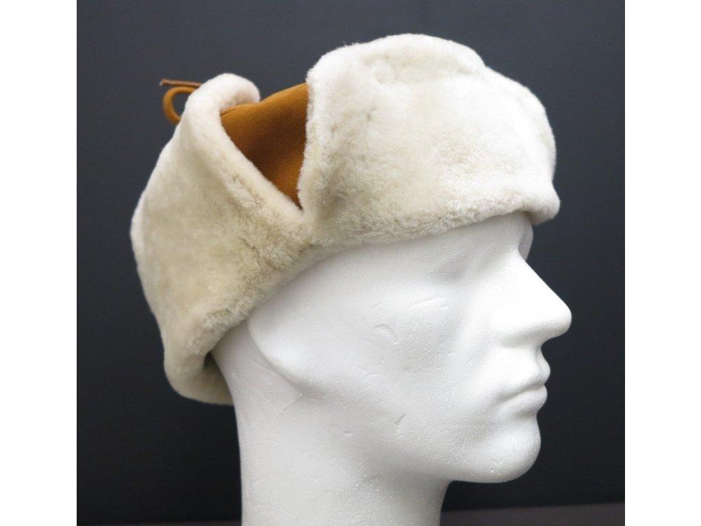 Pánská kožešinová ušanka z ovčí kožešiny