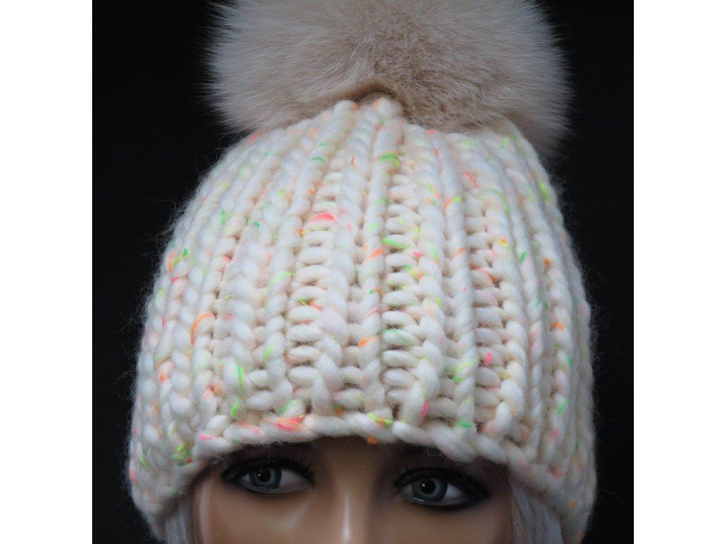 Dámská zimní pletená čepice s kožešinovou bambulí z pravé vlny - alpaka a  peruánská ovce b7080c2aaf