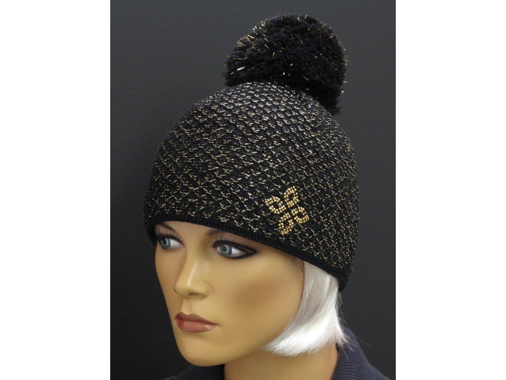 6a0a5864fb2 Dámská černá zimní čepice se zlatým zdobením 423. Neohodnoceno. Česká  výroba. dámská zimní pletená čepice s bambulí