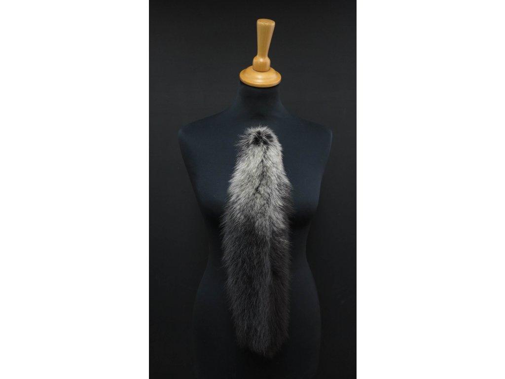 Kožešinový ohon na kabelku z lišky vínový č. 11