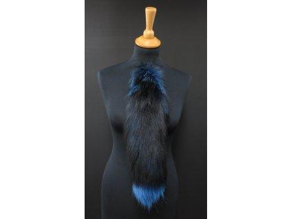 Kožešinový ohon z barvené polární lišky č. 151 - modrý 45 cm