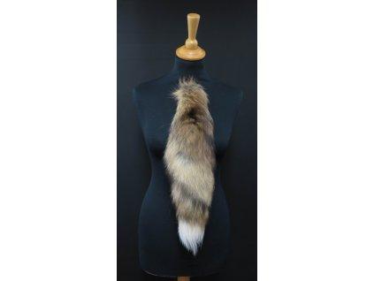 Kožešinový ohon na kabelku ze zlaté kanadské liškyč. 154 délka 40 cm