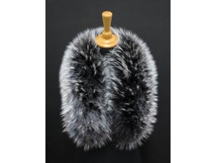 Dlouhá kožešina na kapuci z finského mývalovce 8007 Black&White 80 cm