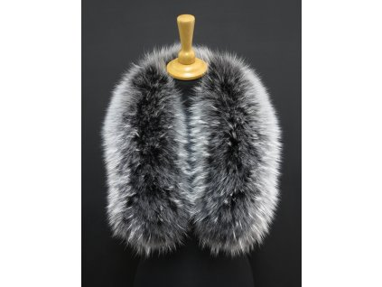 Dlouhá kožešina na kapuci z finského mývalovce 8006 Black&White 80 cm