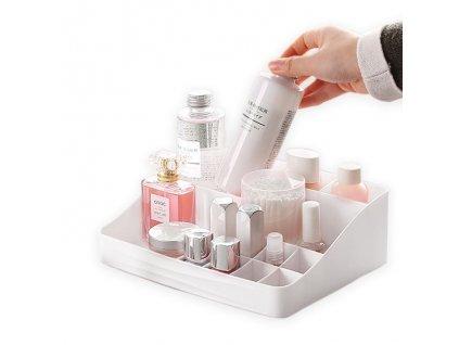 Přehledný organizér na kosmetiku