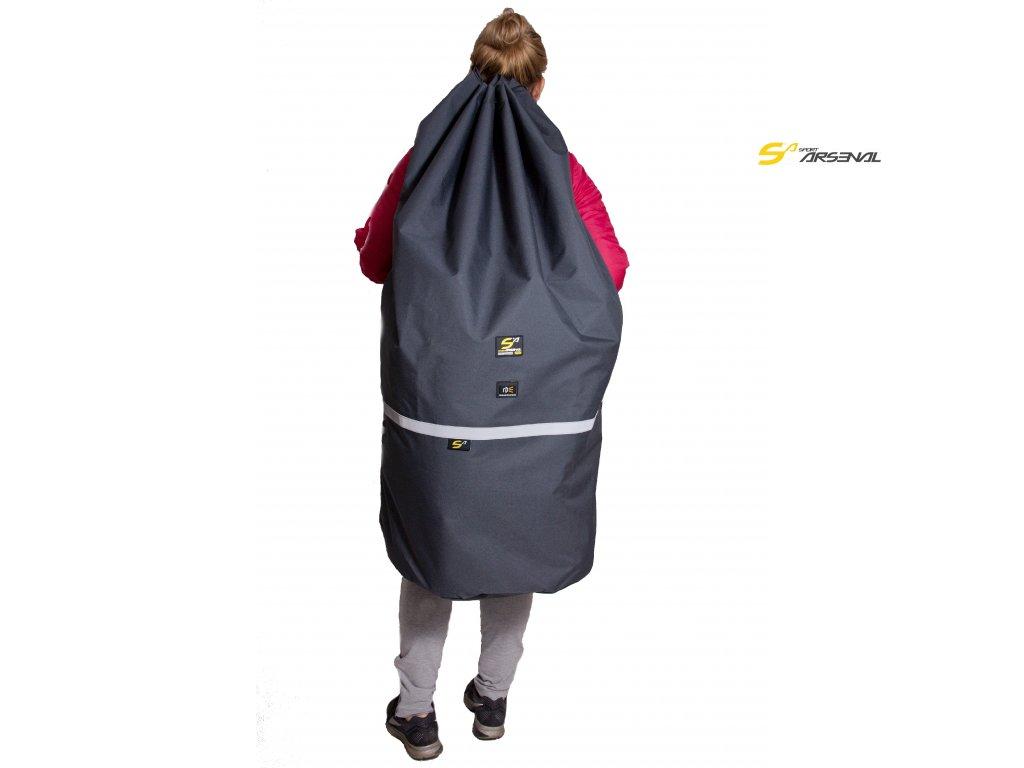 Objem batohu je 190 litrů