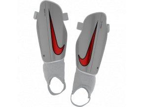 Chránič Nike Youth Charge 2.0 SP2079 043