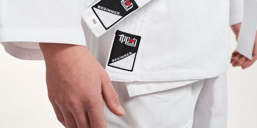 kimono-na-judo-detske-bile-ippon-gear-beginner