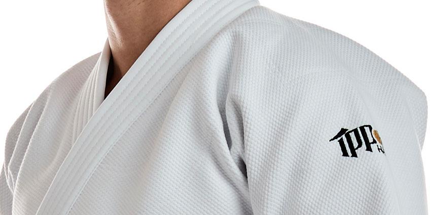 kimono-na-judo-ippon-gear-hero-bile
