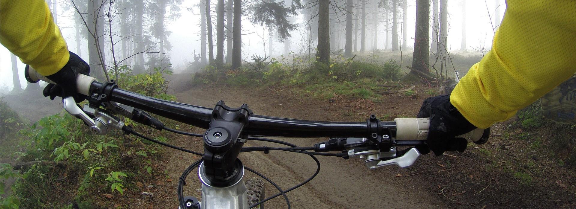 Tohto cyklistu určite nebolia kĺby,