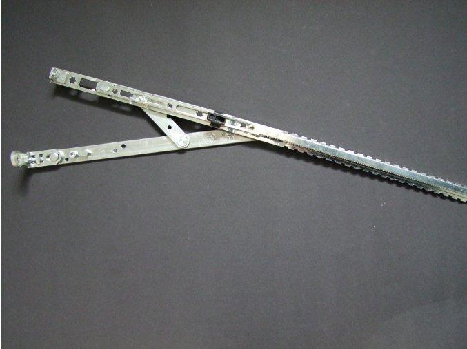 Úhelníkové nůžky