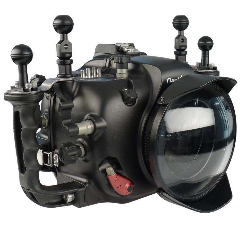 Nauticam pouzdra pro středoformátové zrcadlovky