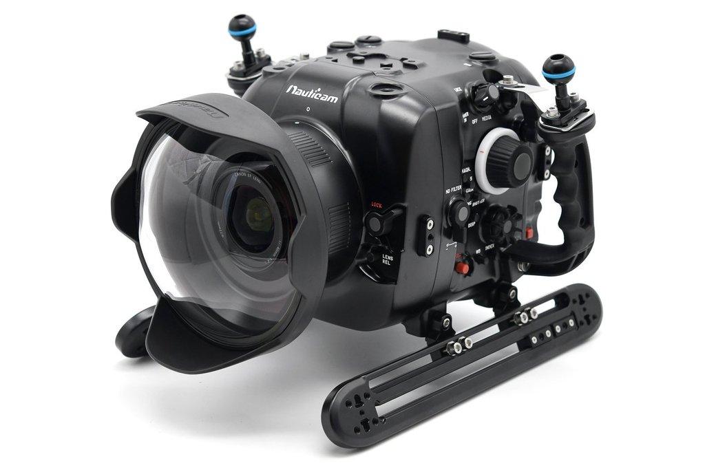 Nauticam pouzdra pro videokamery